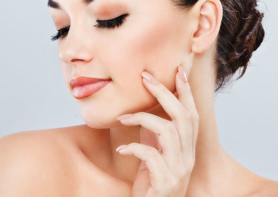 Kybella Vs. Cool Mini: Which Double Chin Treatment Is Right for You?